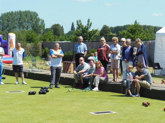 Visitors enjoy bowls